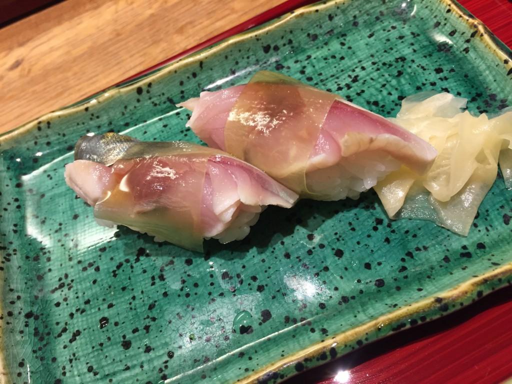 シメ鯖の握り