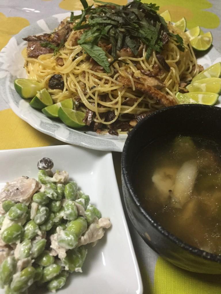 ・サンマの大盛りパスタ・鶏もも肉と枝豆のクリームチーズ和え・鶏肉と夏野菜のスープ